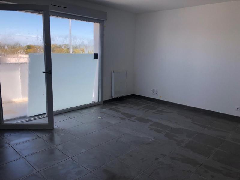 Location appartement Guerande 570€ CC - Photo 3