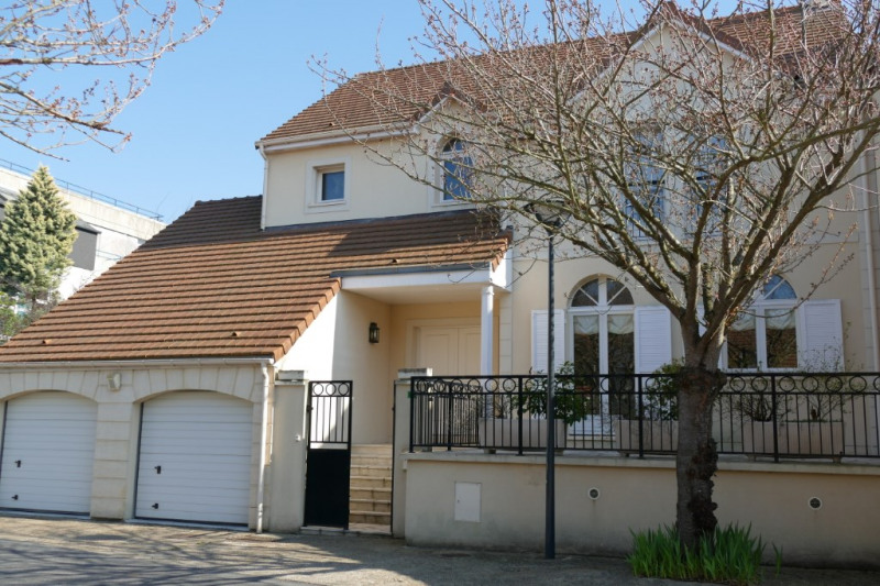 Sale house / villa Marly le roi 890 000€ - Picture 1