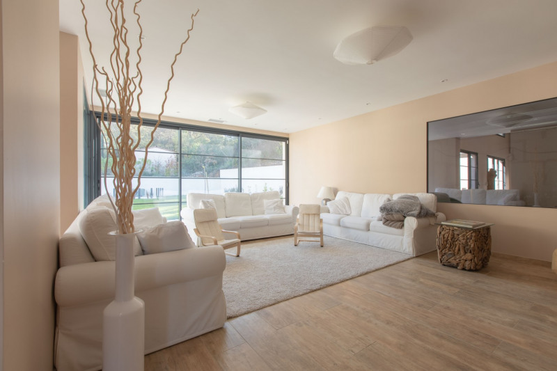 Vente de prestige maison / villa Meyrargues 1090000€ - Photo 2