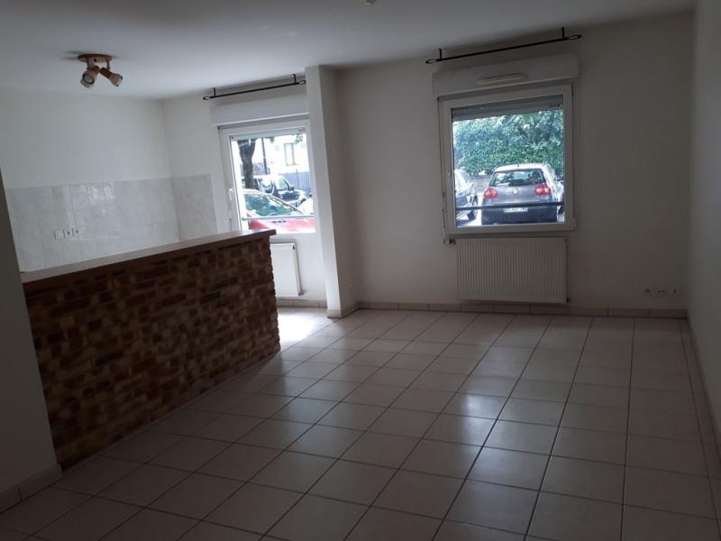 Rental apartment Cran gevrier 677€ CC - Picture 1