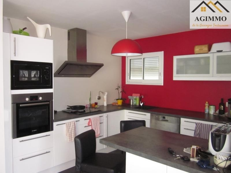 Sale house / villa L isle jourdain 275 000€ - Picture 2