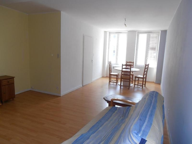 Location appartement Nantua 292€ CC - Photo 1