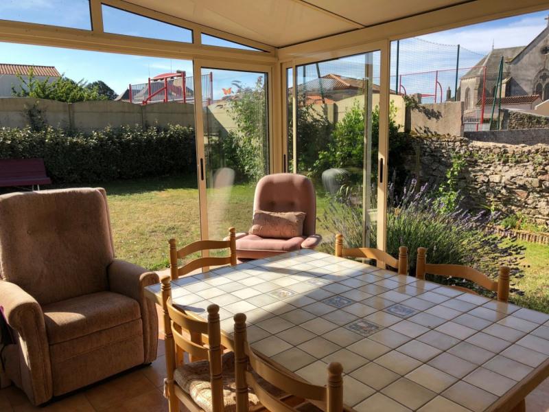 Vente maison / villa Vaire 220500€ - Photo 10