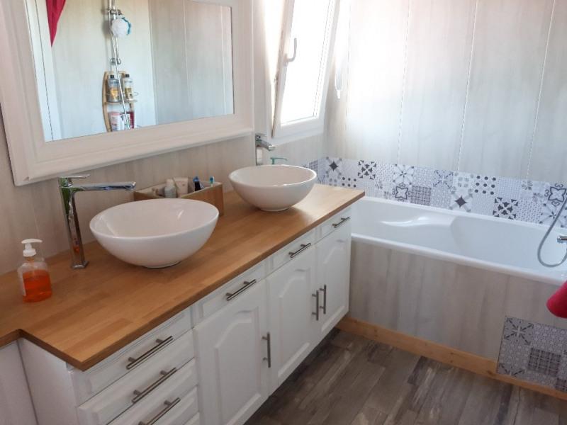 Sale house / villa Saint jean brevelay 183750€ - Picture 4
