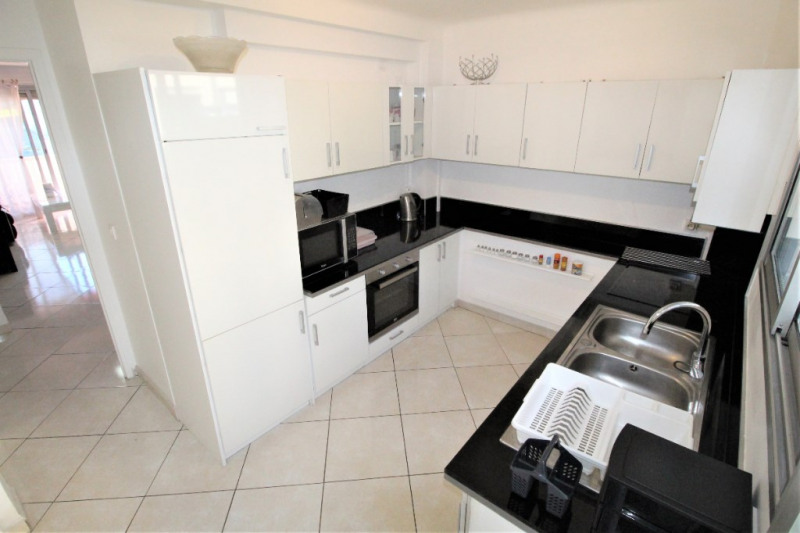 Location appartement Cannes 1 290€ CC - Photo 3