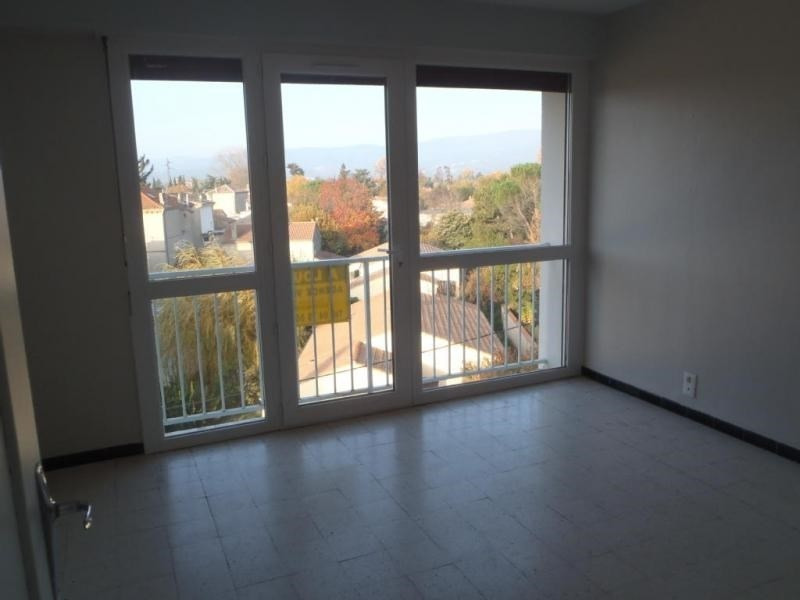 Rental apartment Montelimar 375€ CC - Picture 2