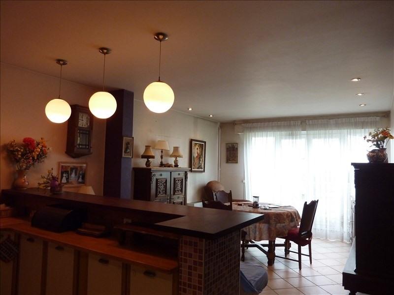 Sale apartment Villemomble 167000€ - Picture 2