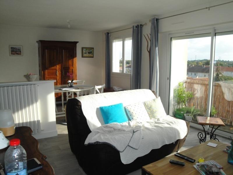 Sale apartment Niort 138000€ - Picture 2