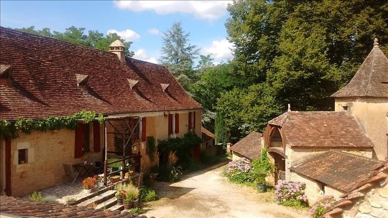 Sale house / villa Le bugue 441000€ - Picture 1