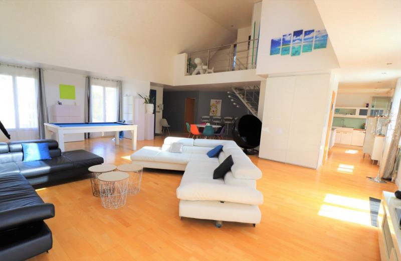 Sale house / villa Mennecy 575000€ - Picture 1
