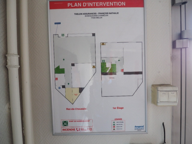 Sale office Melun 264 550€ - Picture 4