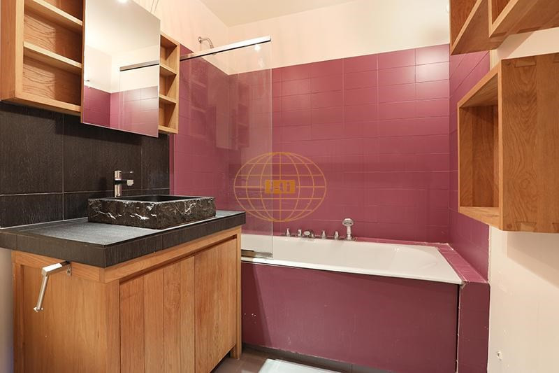 Sale apartment Courbevoie 655000€ - Picture 7