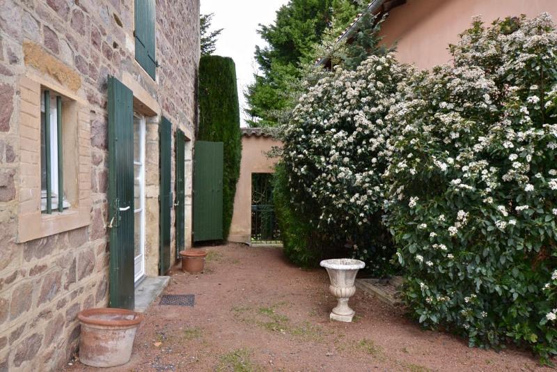 Deluxe sale house / villa Salles arbuissonnas en beaujolais 630000€ - Picture 3