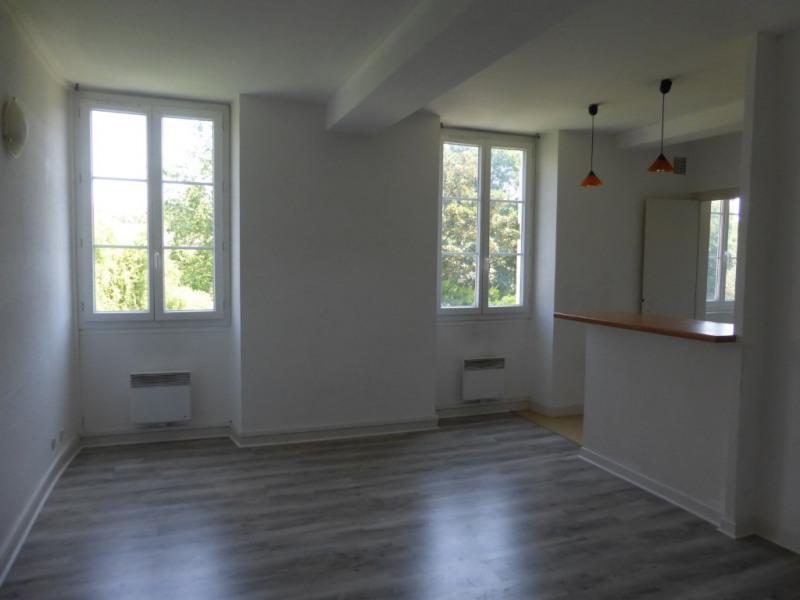 Location appartement Pau 450€ CC - Photo 1