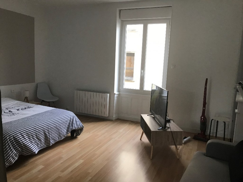 Rental apartment Cholet 458€ CC - Picture 1