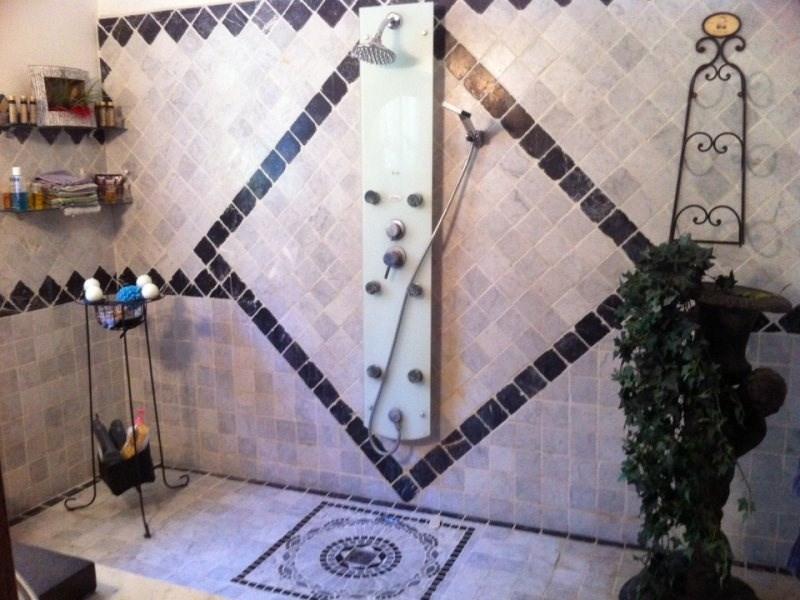 Deluxe sale house / villa Saint etienne du gres 680000€ - Picture 5
