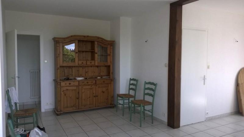 Location appartement Ville-la-grand 1167€ CC - Photo 6