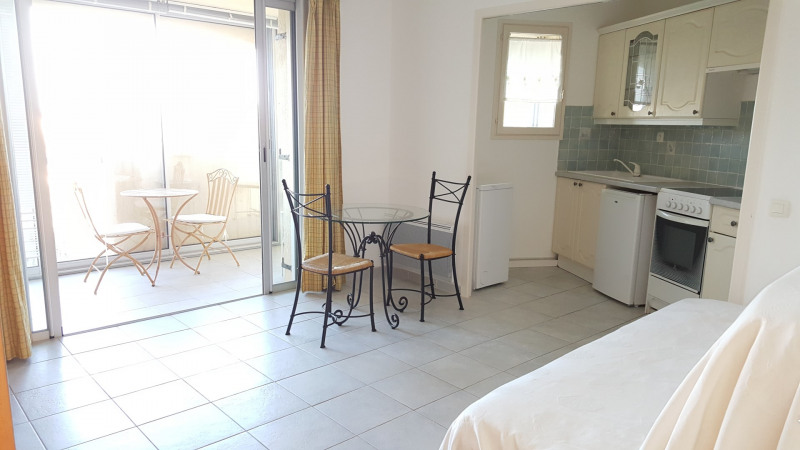 Location appartement Saint-raphaël 548€ CC - Photo 1