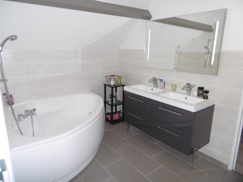 Vente maison / villa Mouroux 265000€ - Photo 8