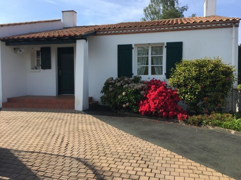 Sale house / villa Les clouzeaux 260000€ - Picture 1