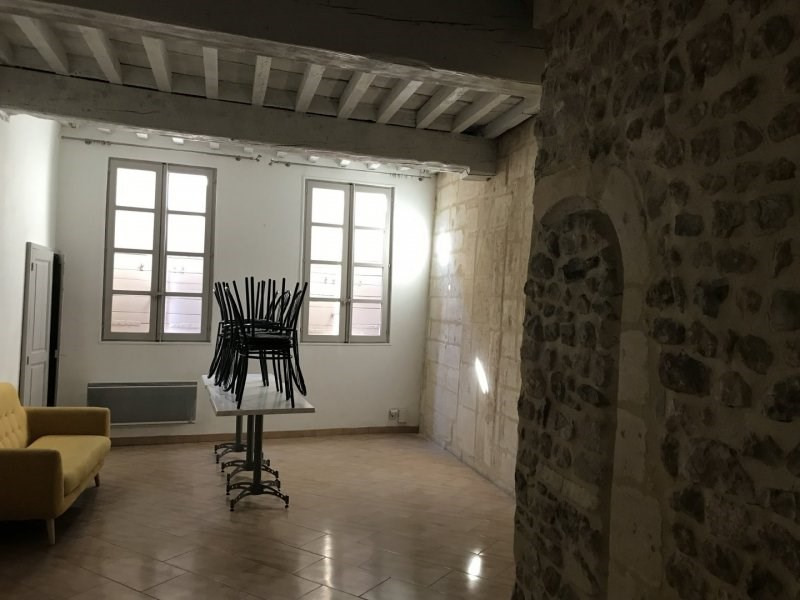 Sale building Arles 365 000€ - Picture 1