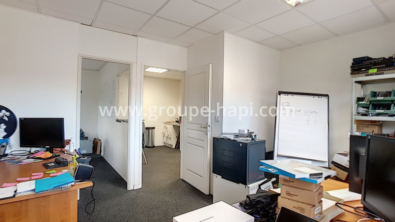 Location bureau Coublevie 819€ CC - Photo 4