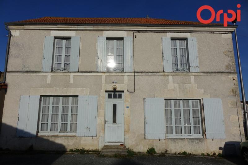 Maison Saint Romain De Benet 4 pièce (s)
