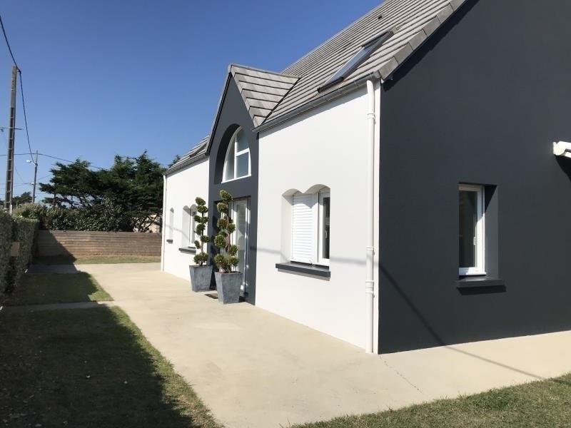 Sale house / villa St germain sur ay 297825€ - Picture 1
