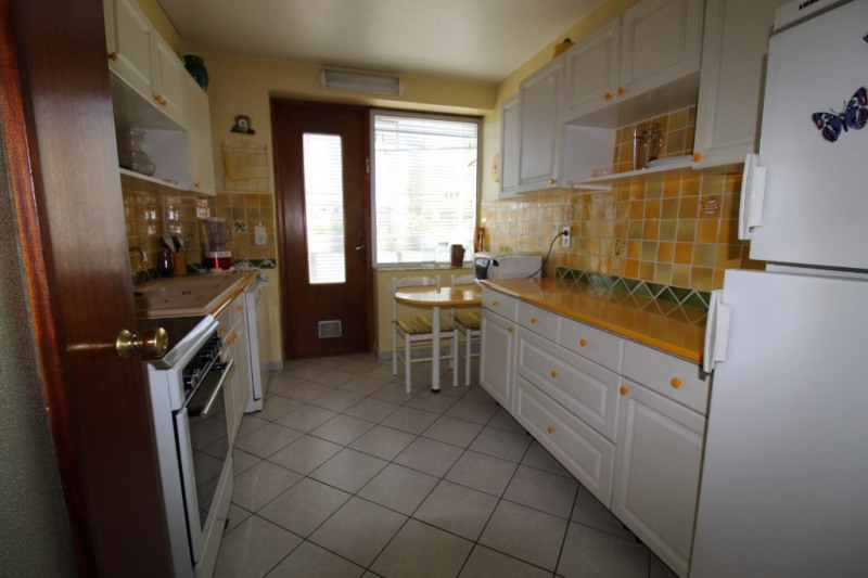 Vendita appartamento Hyeres 208600€ - Fotografia 3