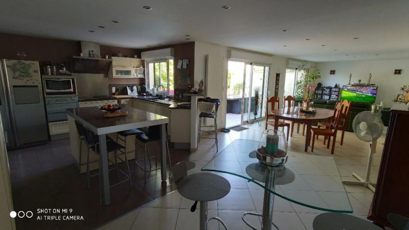 Sale house / villa Lesdins 185000€ - Picture 1
