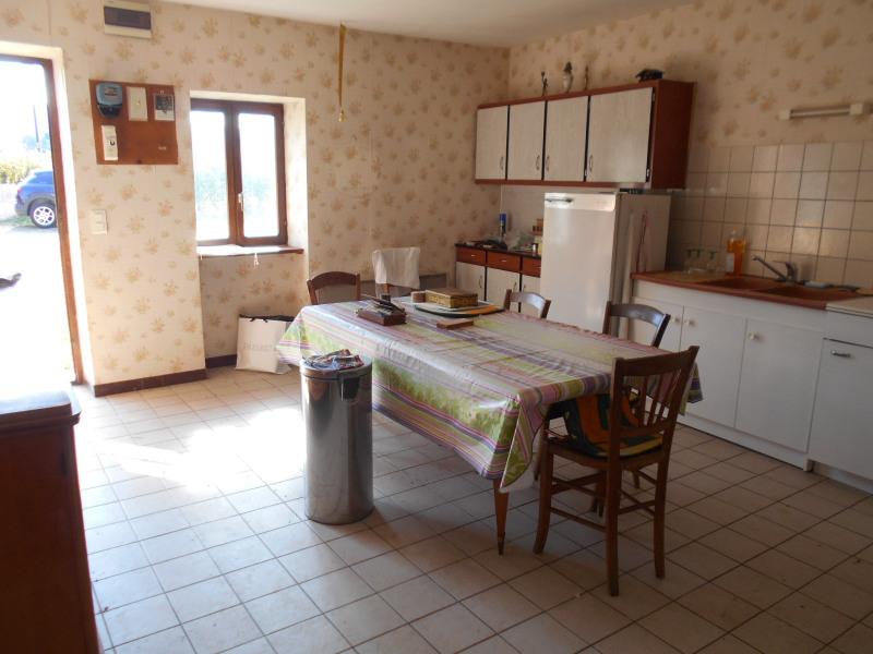 Vente maison / villa Domblans 95000€ - Photo 3
