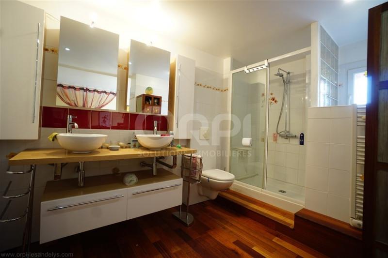 Sale house / villa Lyons la foret 365000€ - Picture 9