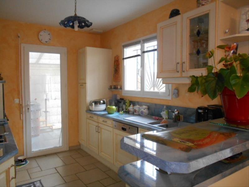 Sale house / villa Oloron ste marie 248000€ - Picture 2