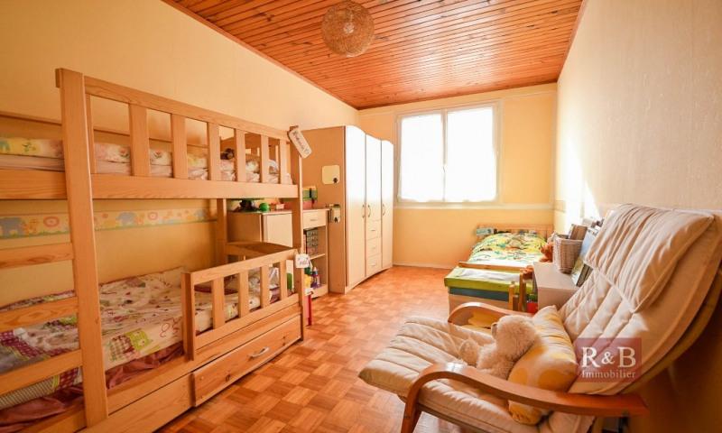 Sale apartment Les clayes sous bois 167000€ - Picture 6