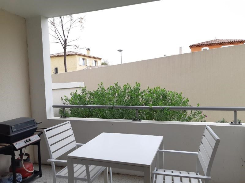 Location appartement Marseille 11ème 686€ CC - Photo 1
