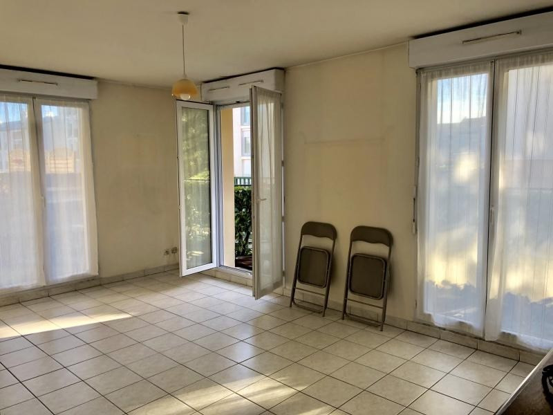 Rental apartment Dourdan 742€ CC - Picture 3