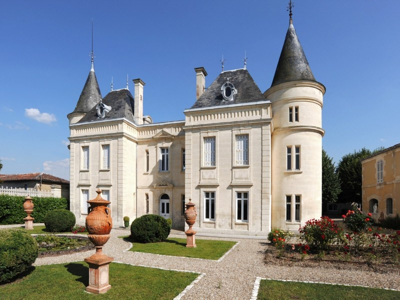 Deluxe sale house / villa Burie 1 260 000€ - Picture 20