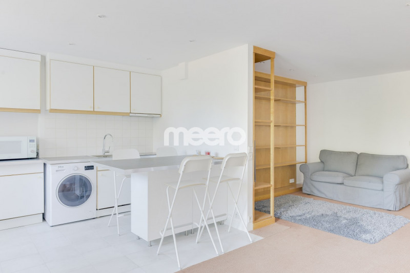 Location appartement Paris 16ème 2 200€ CC - Photo 4