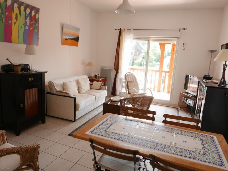 Deluxe sale apartment Deauville 254 400€ - Picture 4