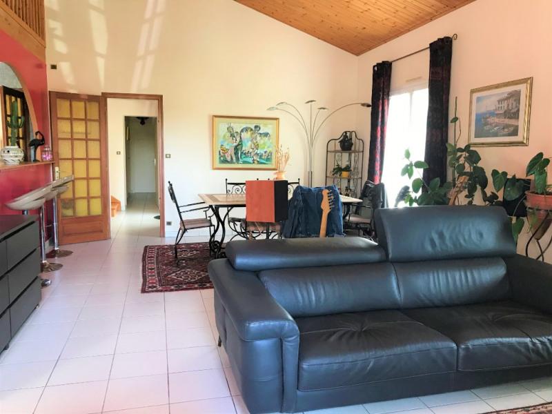 Sale house / villa Saint georges de pointindoux 294500€ - Picture 2