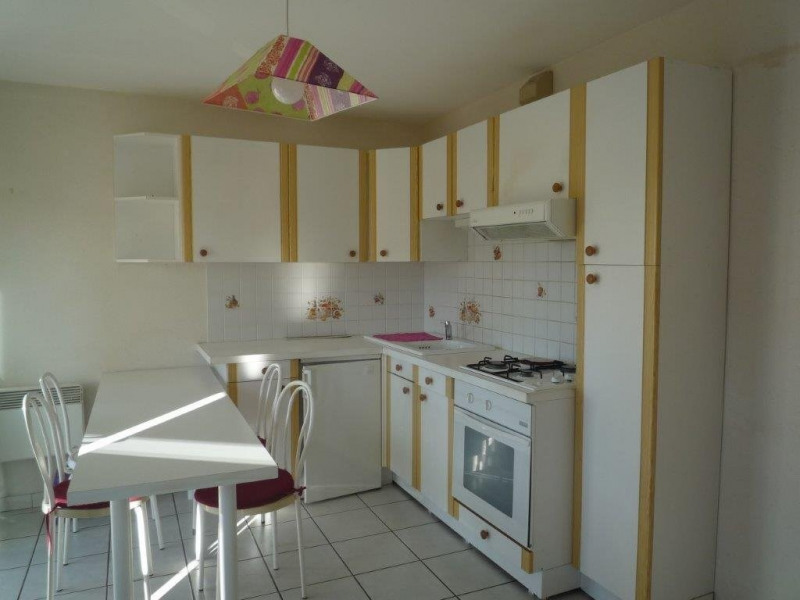 Sale apartment St agreve 31 000€ - Picture 2