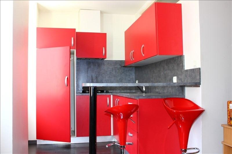 Rental apartment Marseille 4ème 480€ CC - Picture 1