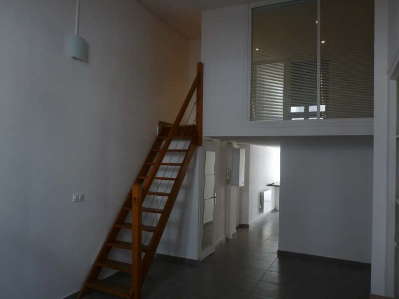 Rental apartment Lyon 6ème 840€ CC - Picture 2