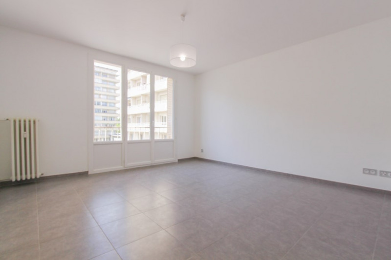 Sale apartment Chambery 174 500€ - Picture 2