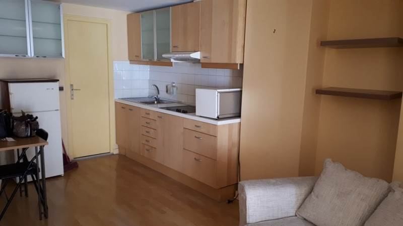 Rental apartment Annecy 750€ CC - Picture 3