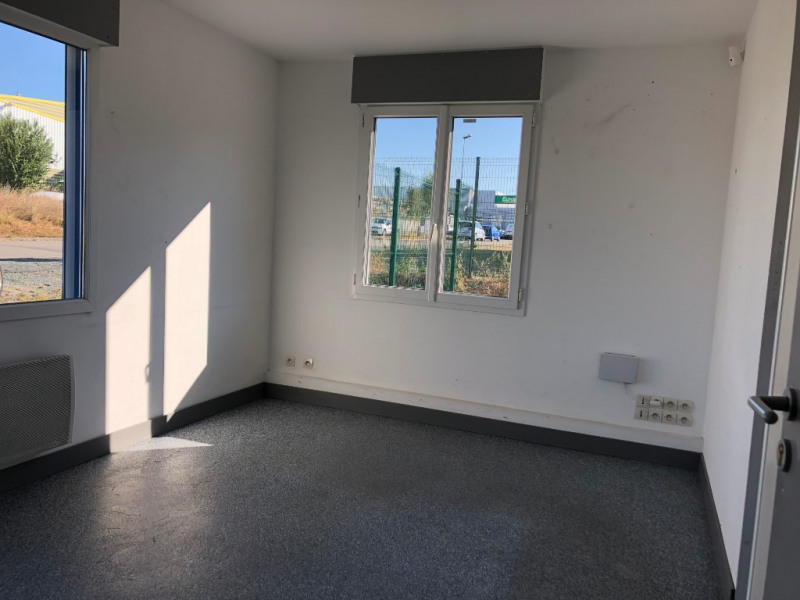 Rental empty room/storage Ancenis 1 650€ CC - Picture 6