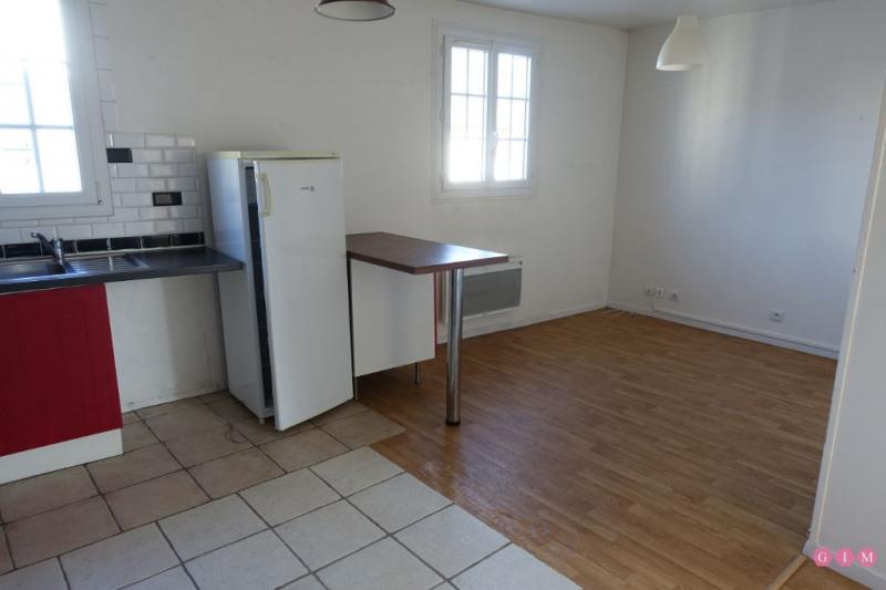 Sale apartment Maurecourt 109900€ - Picture 1