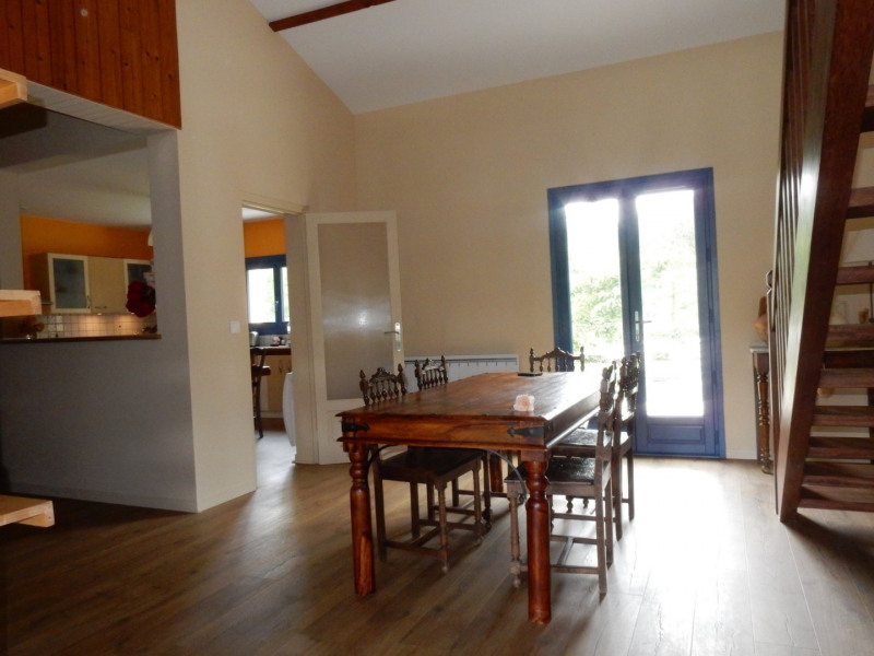 Vente maison / villa Pujols 375000€ - Photo 6