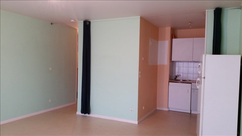 Rental apartment Claye souilly 545€ CC - Picture 2
