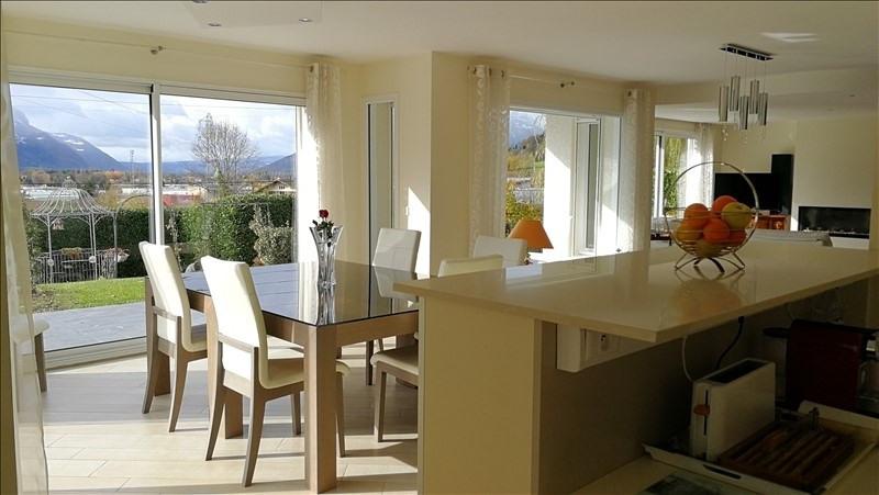 Deluxe sale house / villa Cluses 590000€ - Picture 4